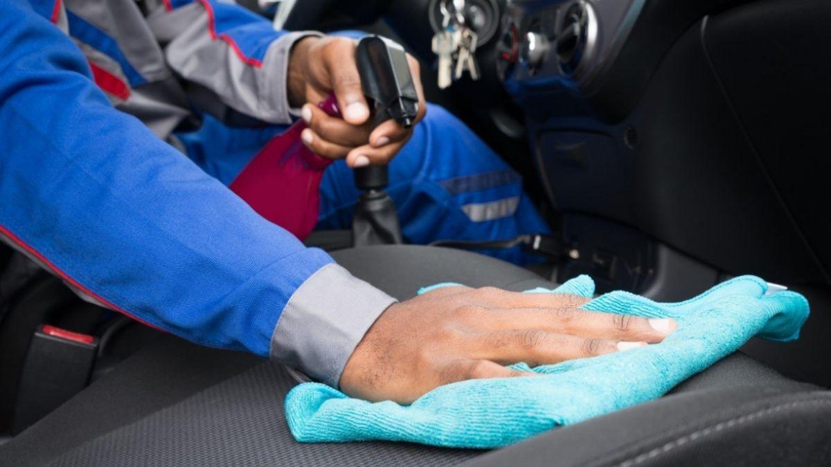 cara mengatasi aircond kereta berbau Pengeringan permaidani dan kerusi kereta